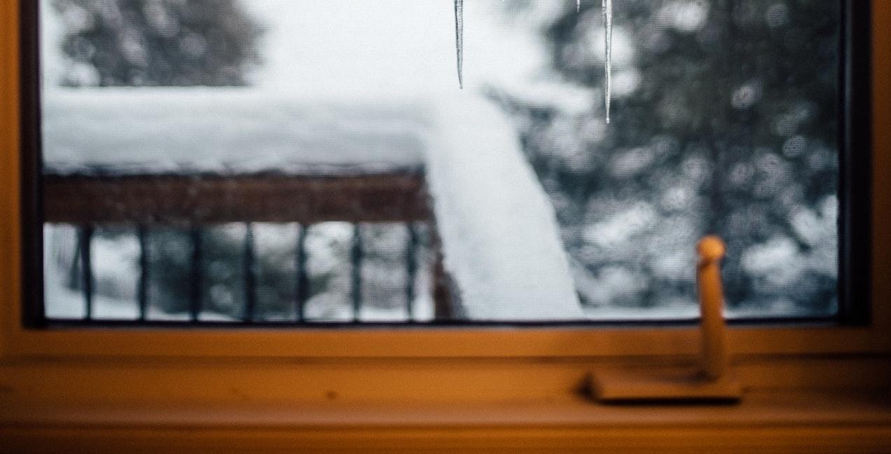 ľad na okne